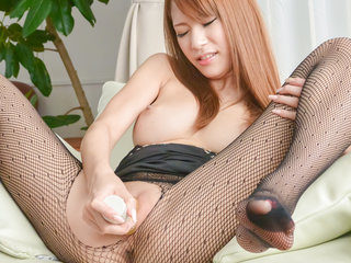 Nami Itoshino