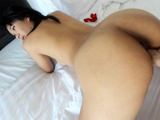 Huge-boobed Thai female Jang gets on the dick